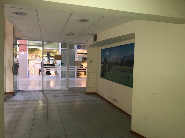 LOCAL COMERCIAL  -  MALL PLAZA REAL